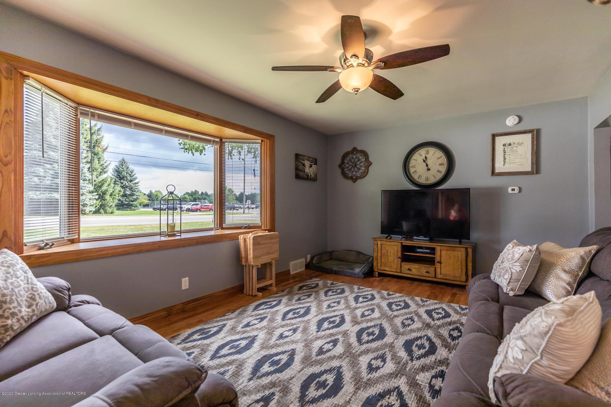 205 W Herbison Rd - Living Room - 5