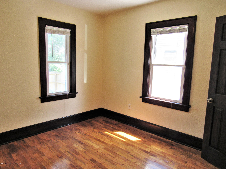 1308 W Ottawa St - Back Bedroom - 10