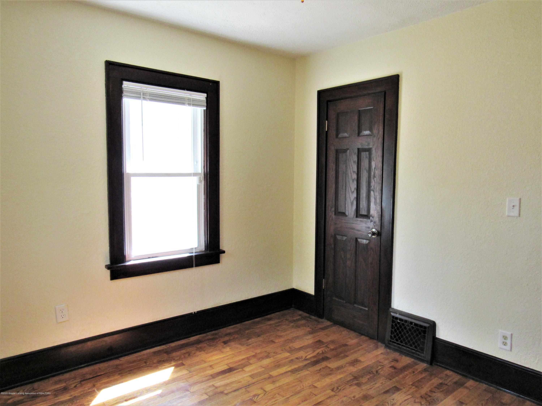 1308 W Ottawa St - Back Bedroom View 2 - 11