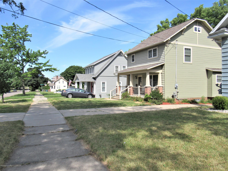 1308 W Ottawa St - Neighborhood - 37