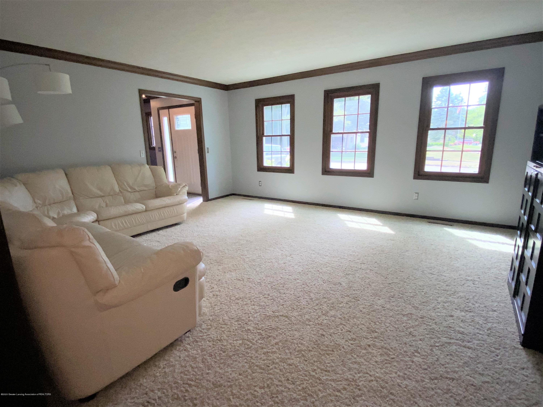 3830 Binghampton Dr - Living Room - 8