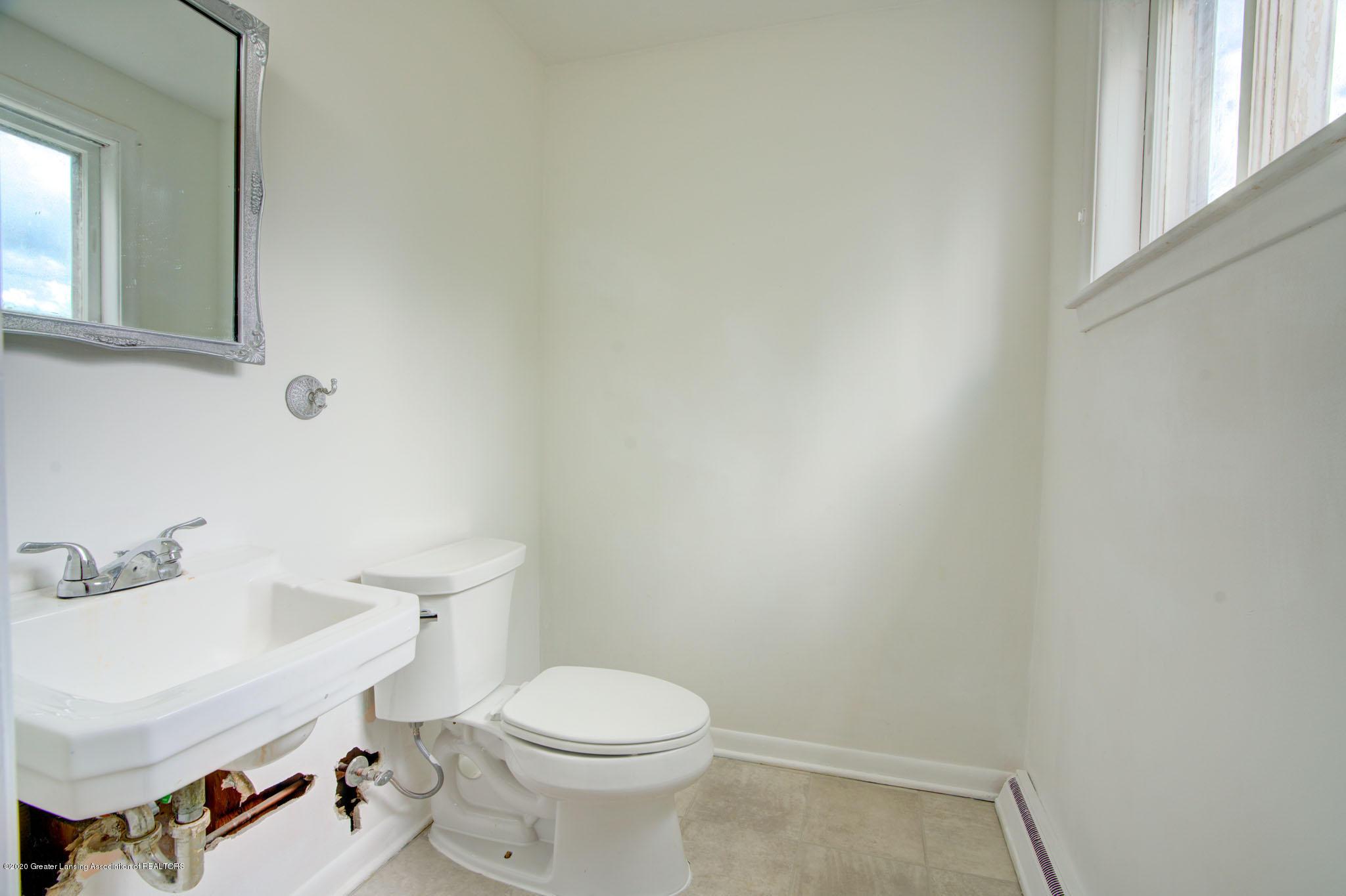 2400 Washington Rd - Half Bath - 20