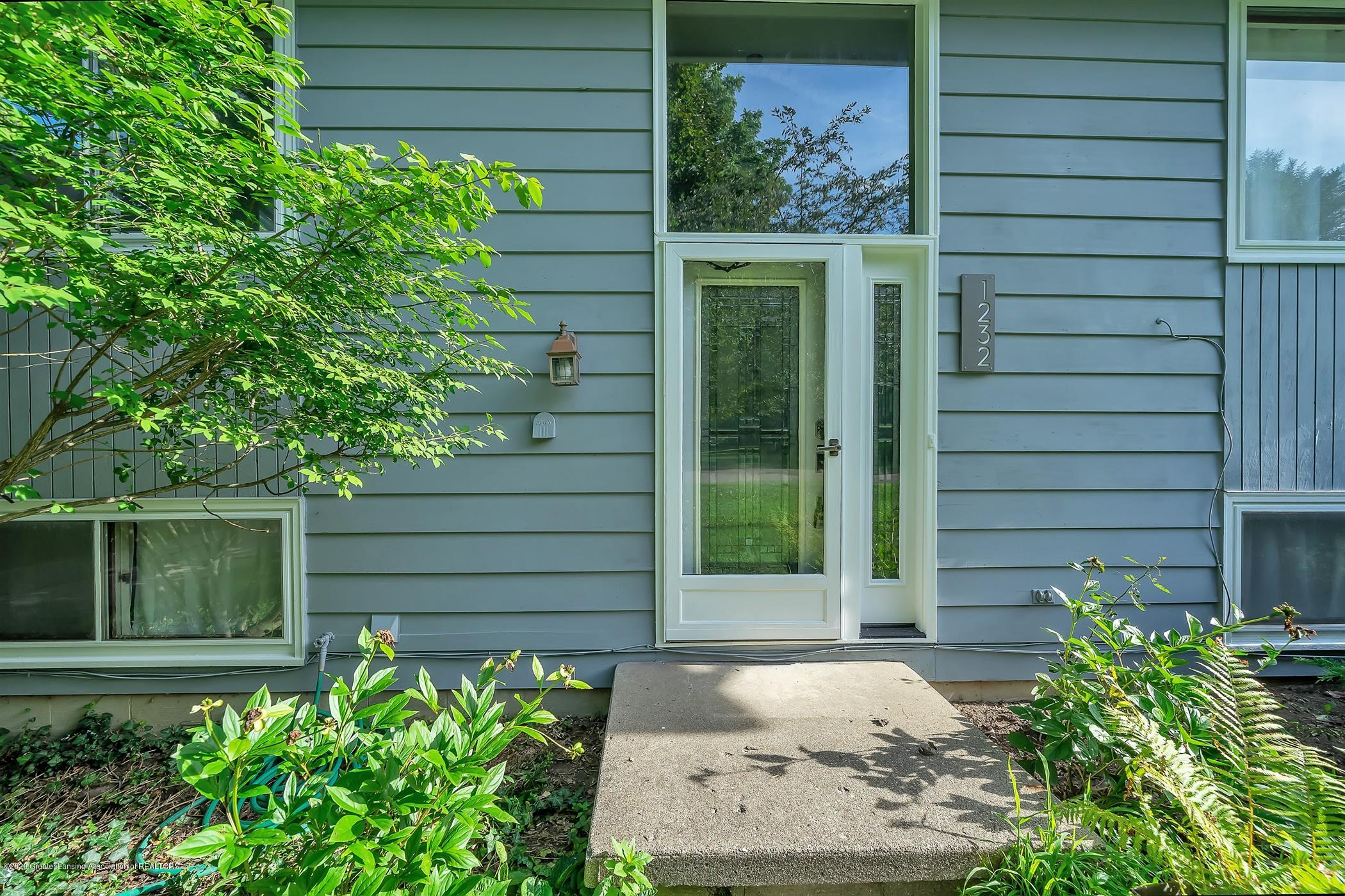 1232 Tanager Ln - 02-1232-Tanager-Ln-WindowStill-Real - 3