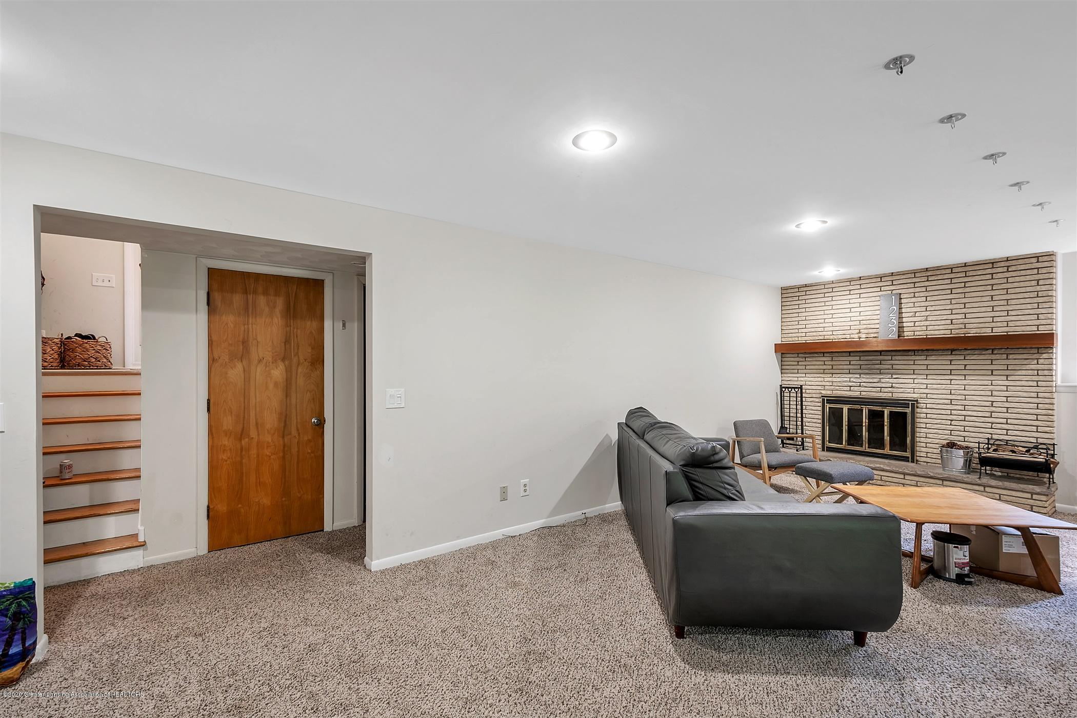 1232 Tanager Ln - 36-1232 Tanager Ln-WindowStill-Real - 37