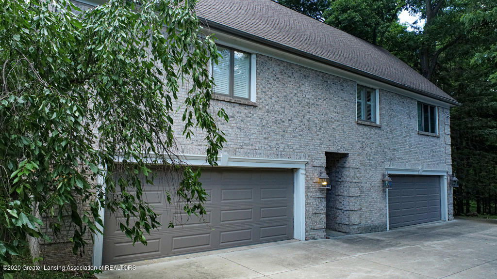 2072 Riverwood Dr - 2072Riverwood-Okemos-01 - 58