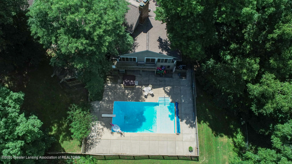 2072 Riverwood Dr - 2072Riverwood-Okemos-08 - 53