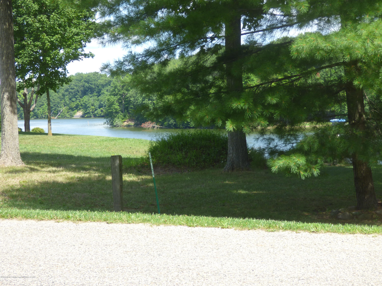 166 Lakeside Dr - P1040211 - 1