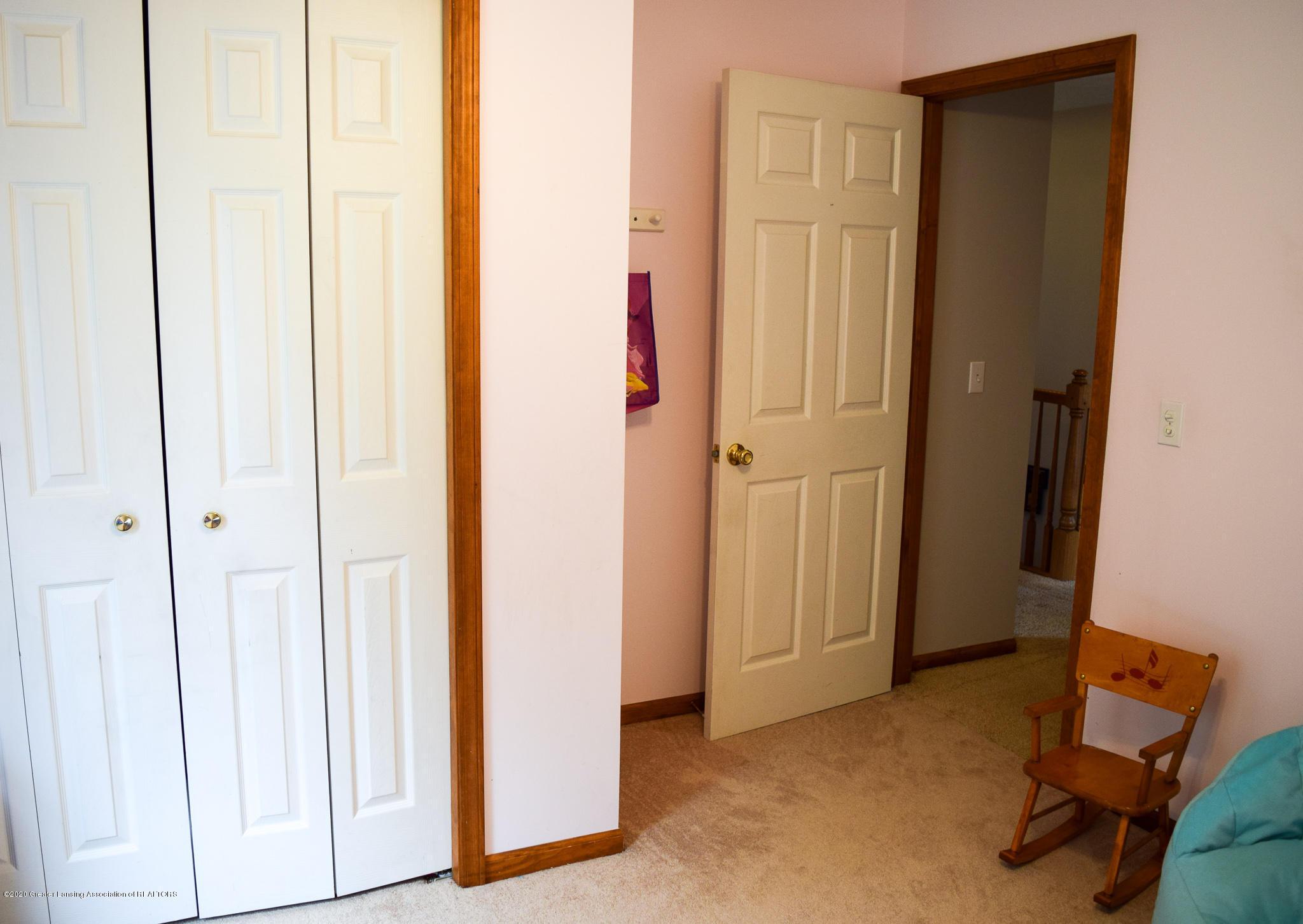 8346 W Bennington Rd - Bedroom 3 - 29