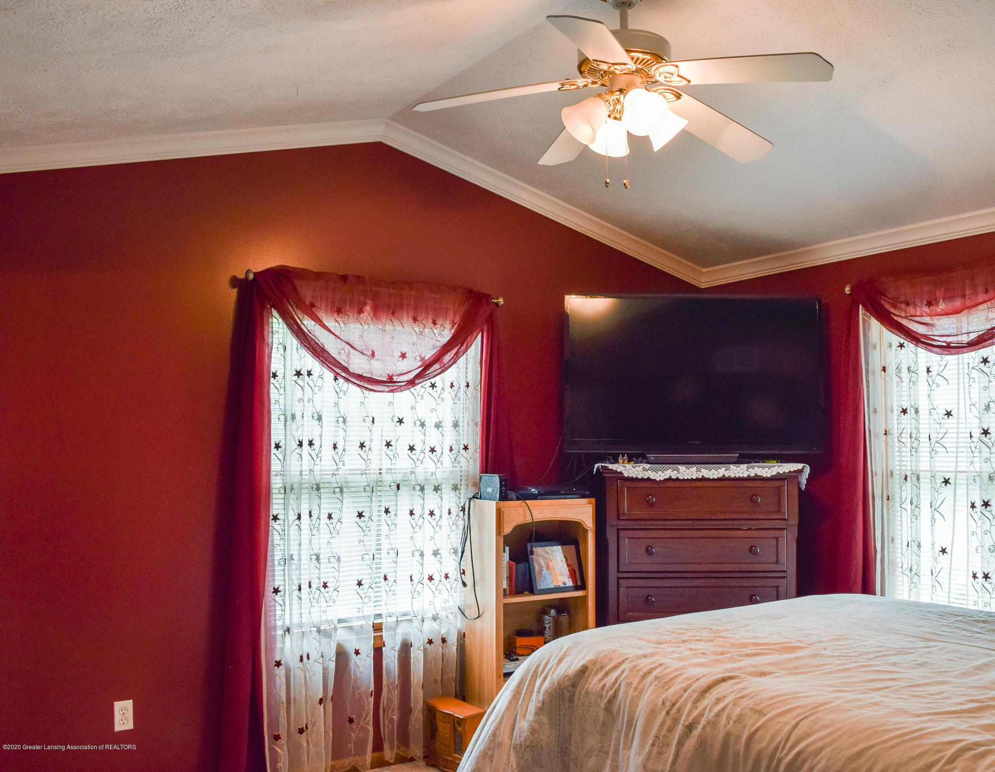 8346 W Bennington Rd - Master Bedroom - 23