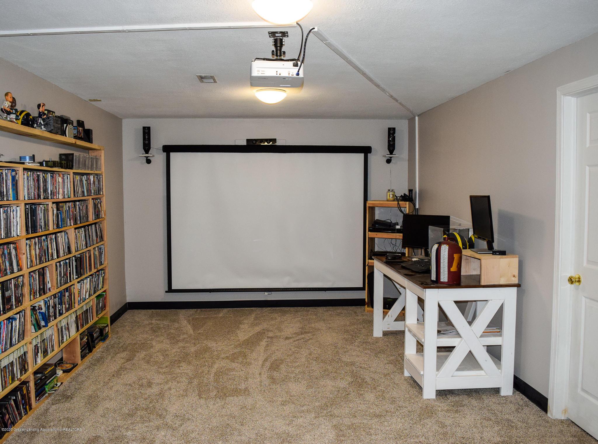8346 W Bennington Rd - Media Room/Office - 38