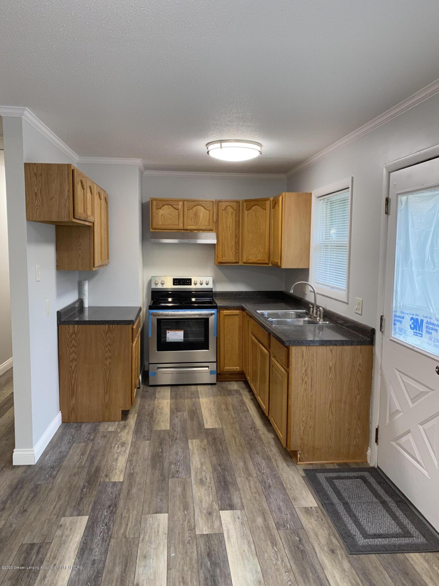 5907 Valencia Blvd - Kitchen - 3