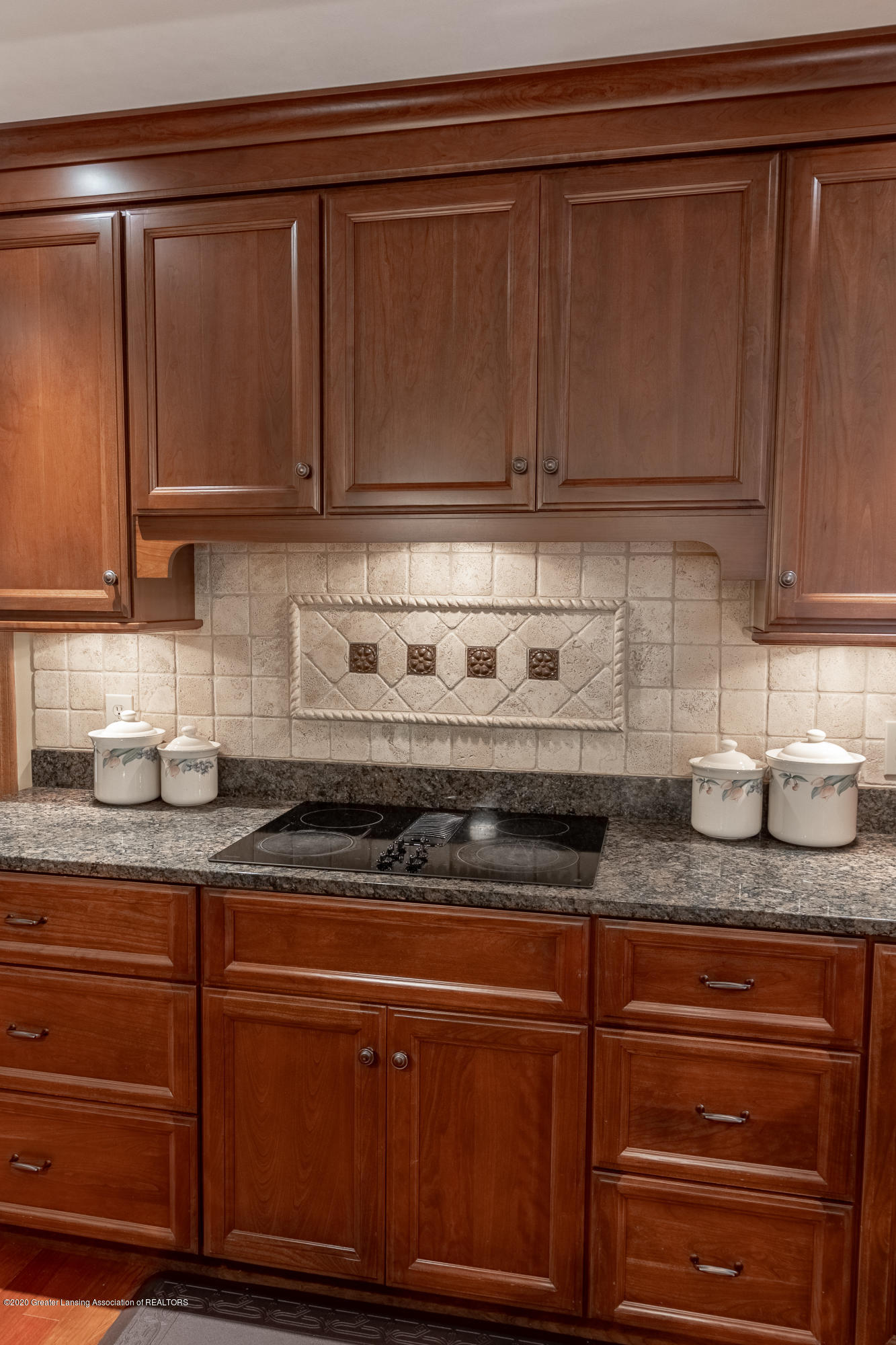 3892 Crooked Creek Rd - Kitchen - 30