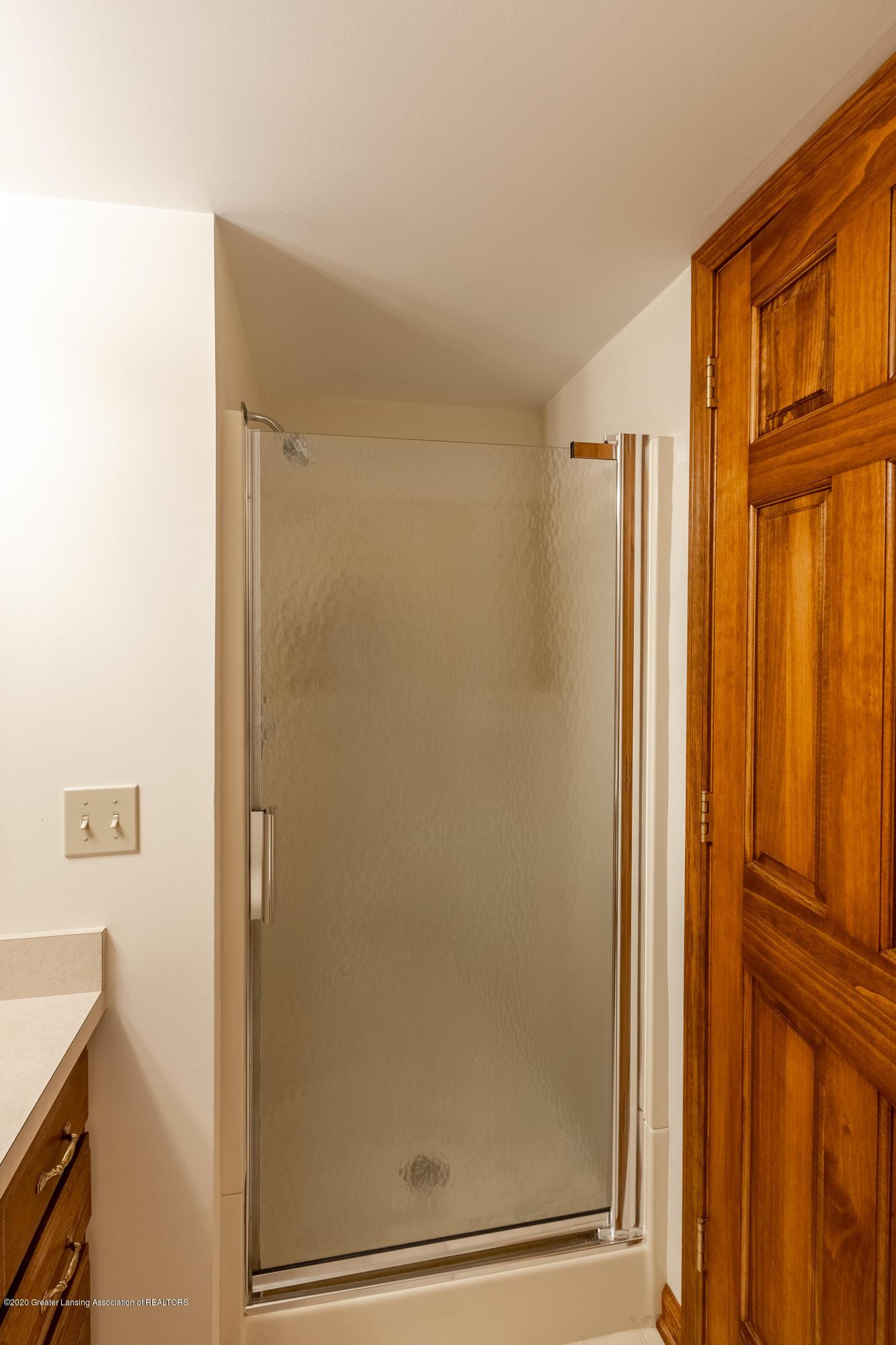 3892 Crooked Creek Rd - Bathroom - 46