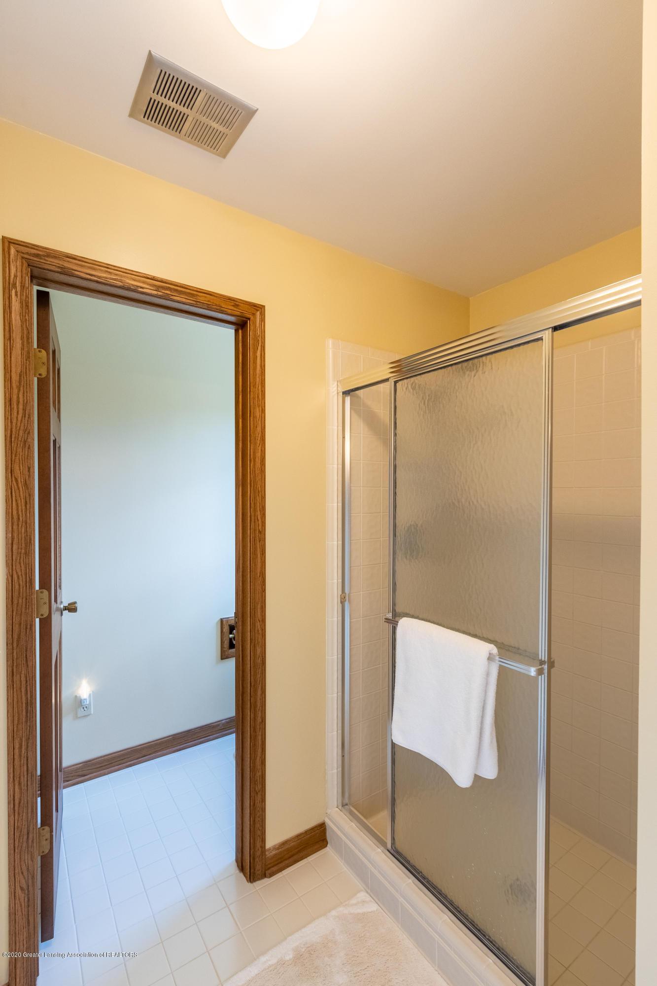 3892 Crooked Creek Rd - Master Bathroom - 63