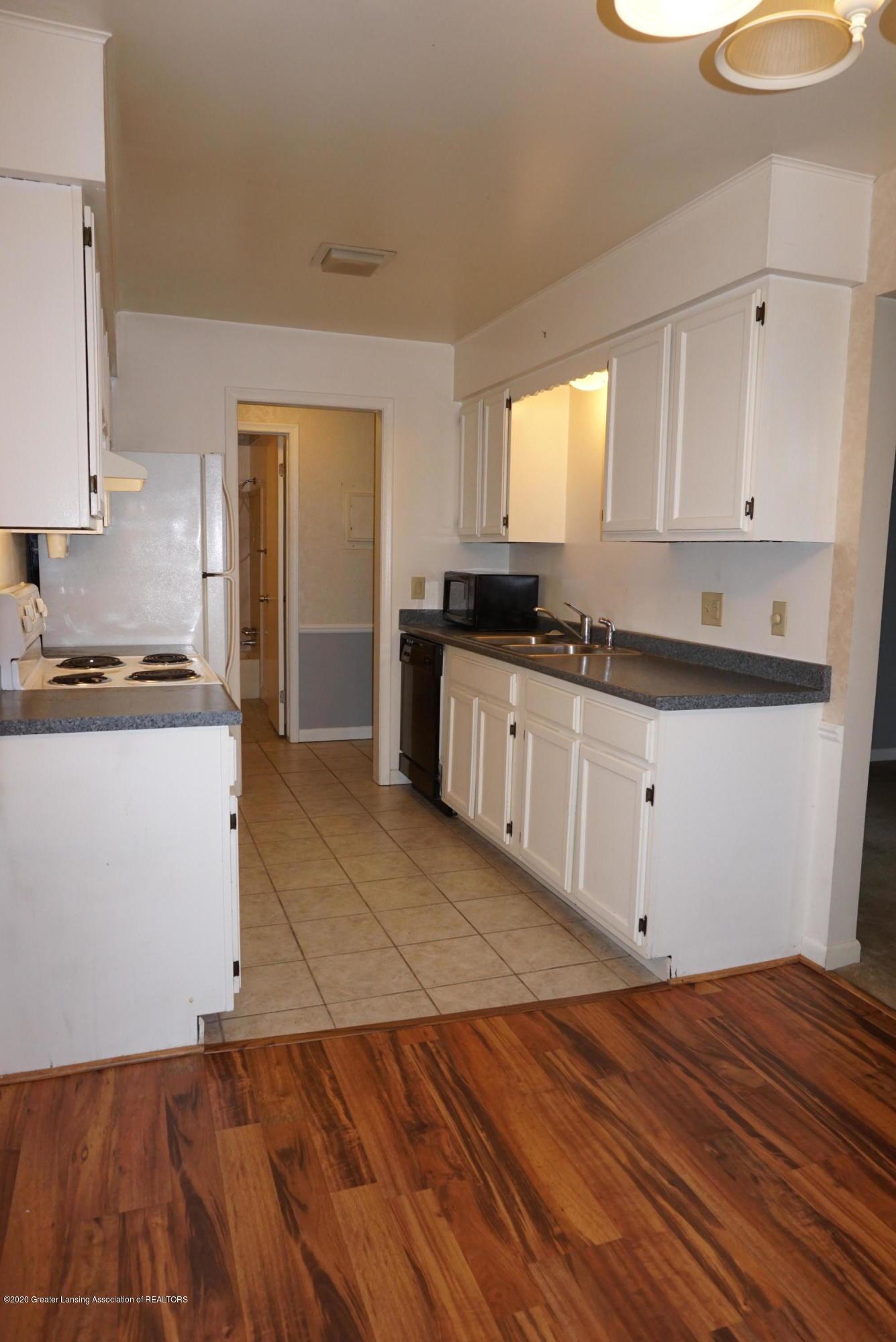 6165 Innkeepers Ct APT 72 - Kitchen - 16