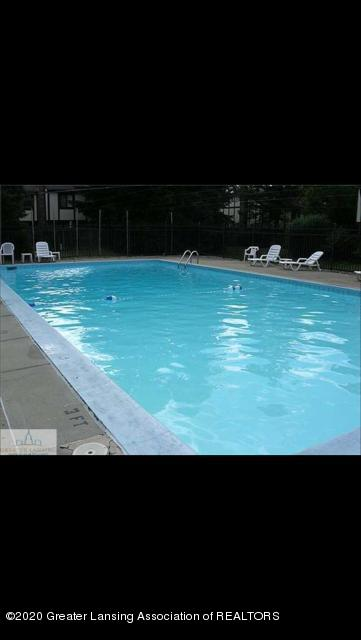 6165 Innkeepers Ct APT 72 - In-ground pool - 32