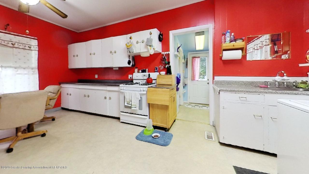 1012 Lansing Ave - 1012-Lansing-Ave-Kitchen - 4