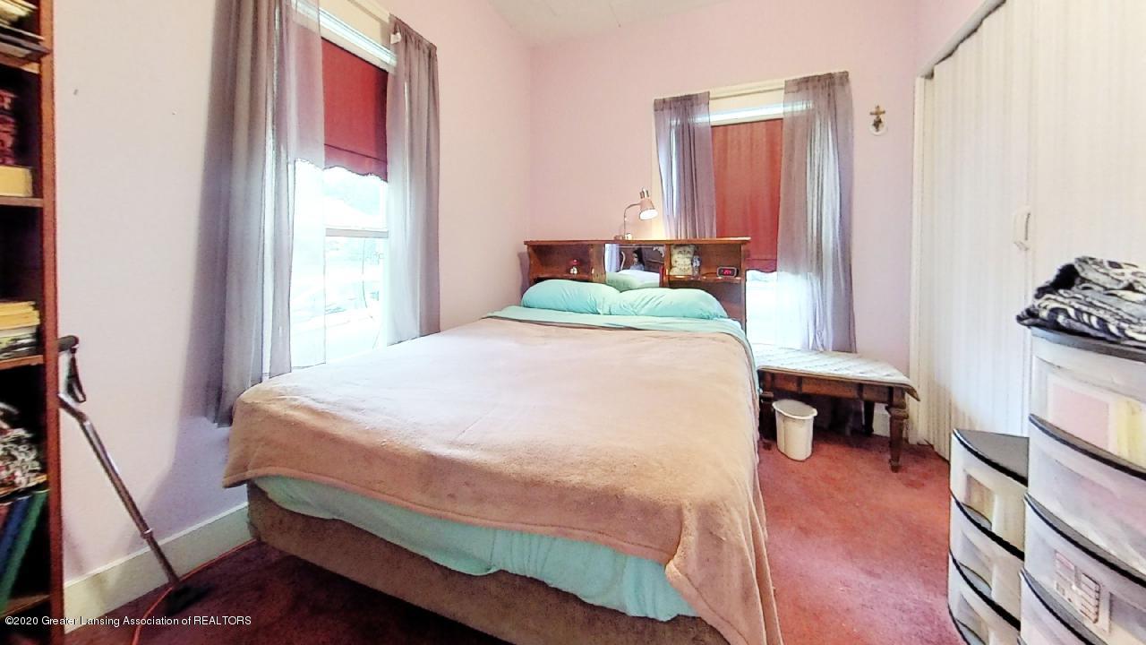 1012 Lansing Ave - 1012-Lansing-Ave-Bedroom(2) - 6