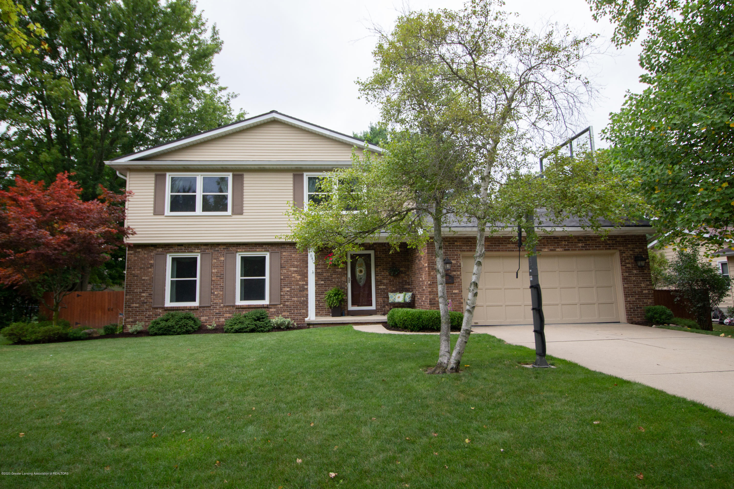 840 Spring Mill Dr - IMG_0469 - 1