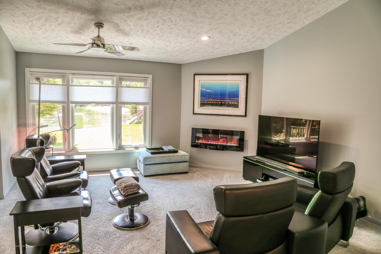 5307 E Hidden Lake Dr - Living Room - 9