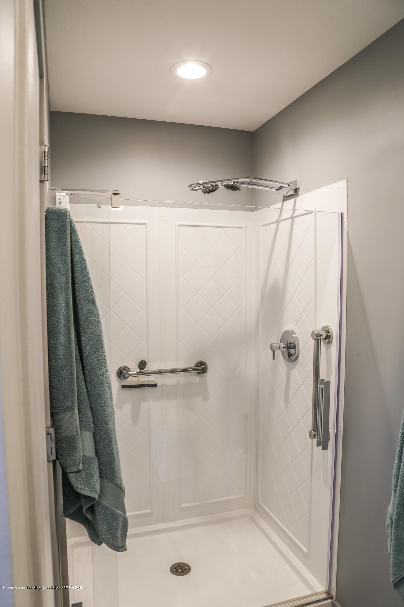 5307 E Hidden Lake Dr - Bathroom - 19