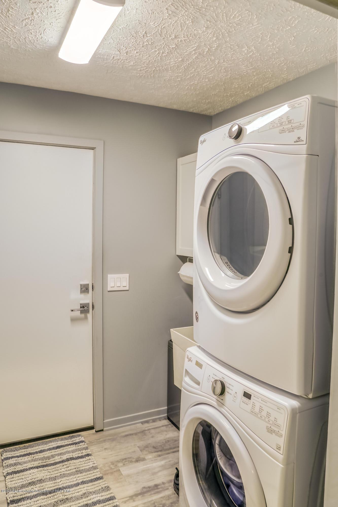 5307 E Hidden Lake Dr - LaundryMud Room - 20