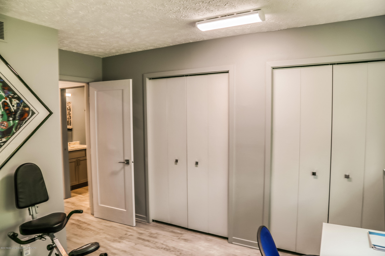 5307 E Hidden Lake Dr - Closets - 16