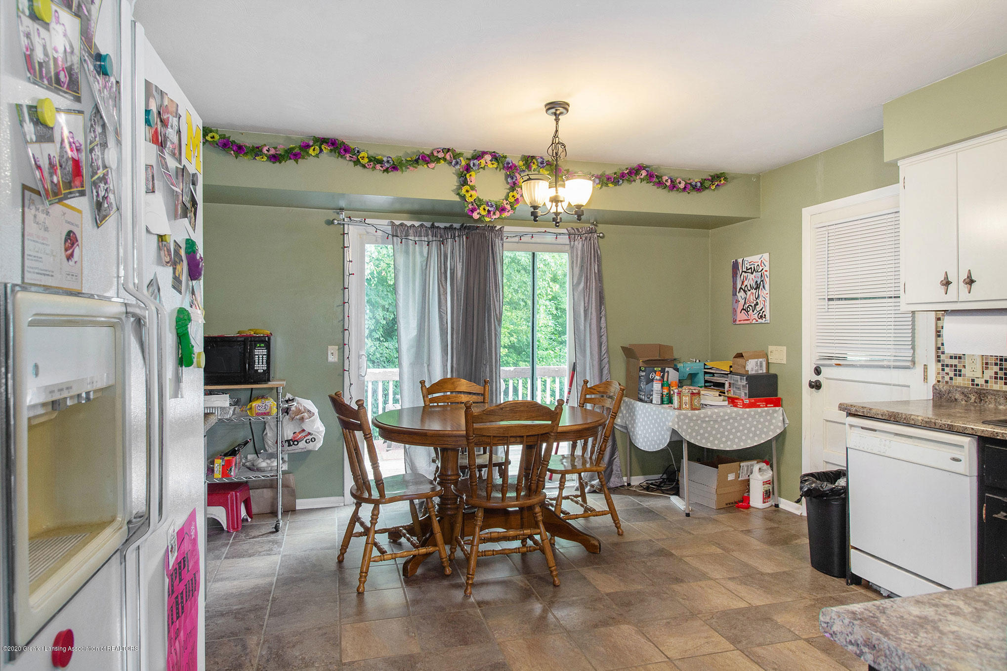 6022 Kyes Rd - IMG_0805 - 5