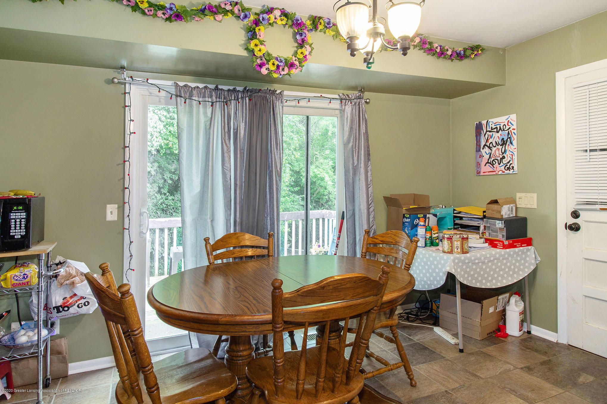 6022 Kyes Rd - IMG_0811 - 8