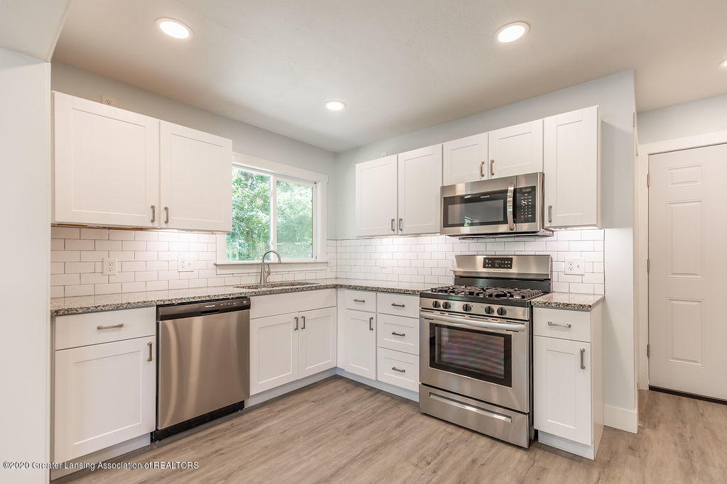 4706 Cornell Rd - Kitchen - 6