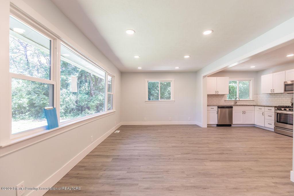 4706 Cornell Rd - Living Room - 5