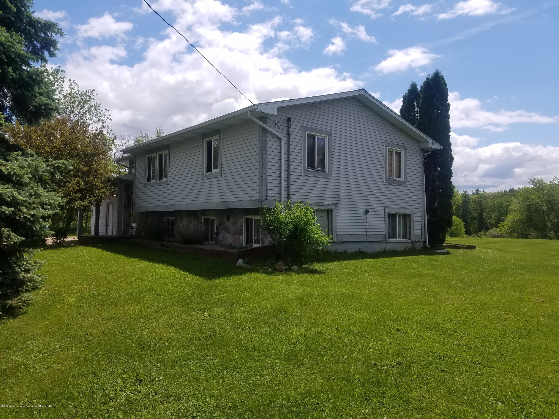 5480 E Bellevue Hwy - VIEW - 11