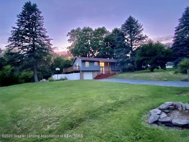 1077 Gidner Rd - Front - 1