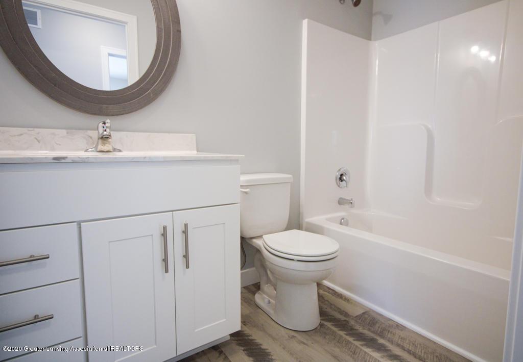 777 St Andrews Dr 11 - Bathroom - 13