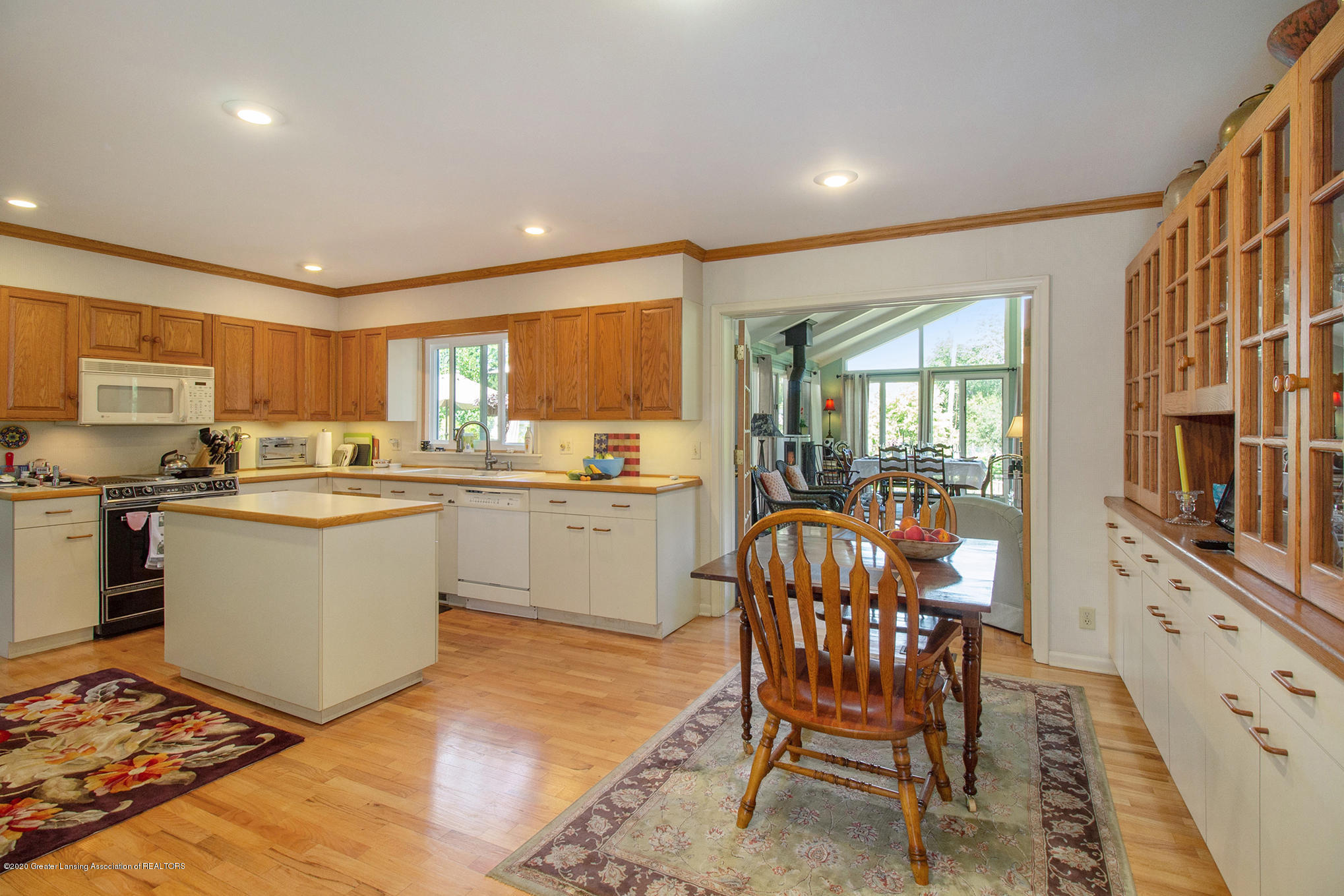 4424 Wagon Wheel Ln - Kitchen - 17