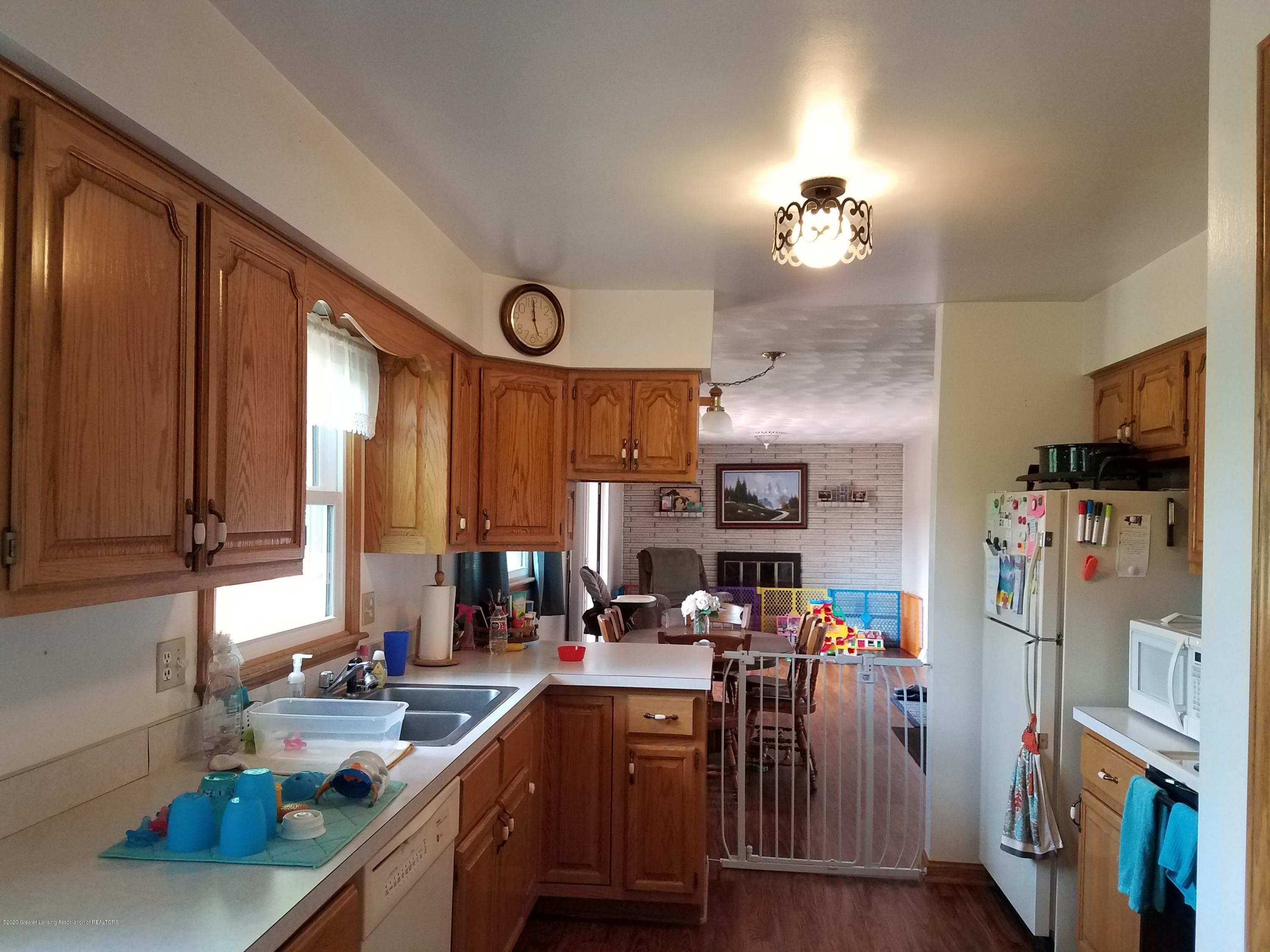 1009 E Cass St - Kitchen - 3
