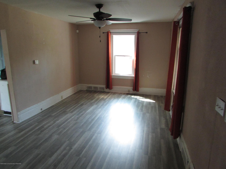1819 Pattengill Ave - Living Room - 7
