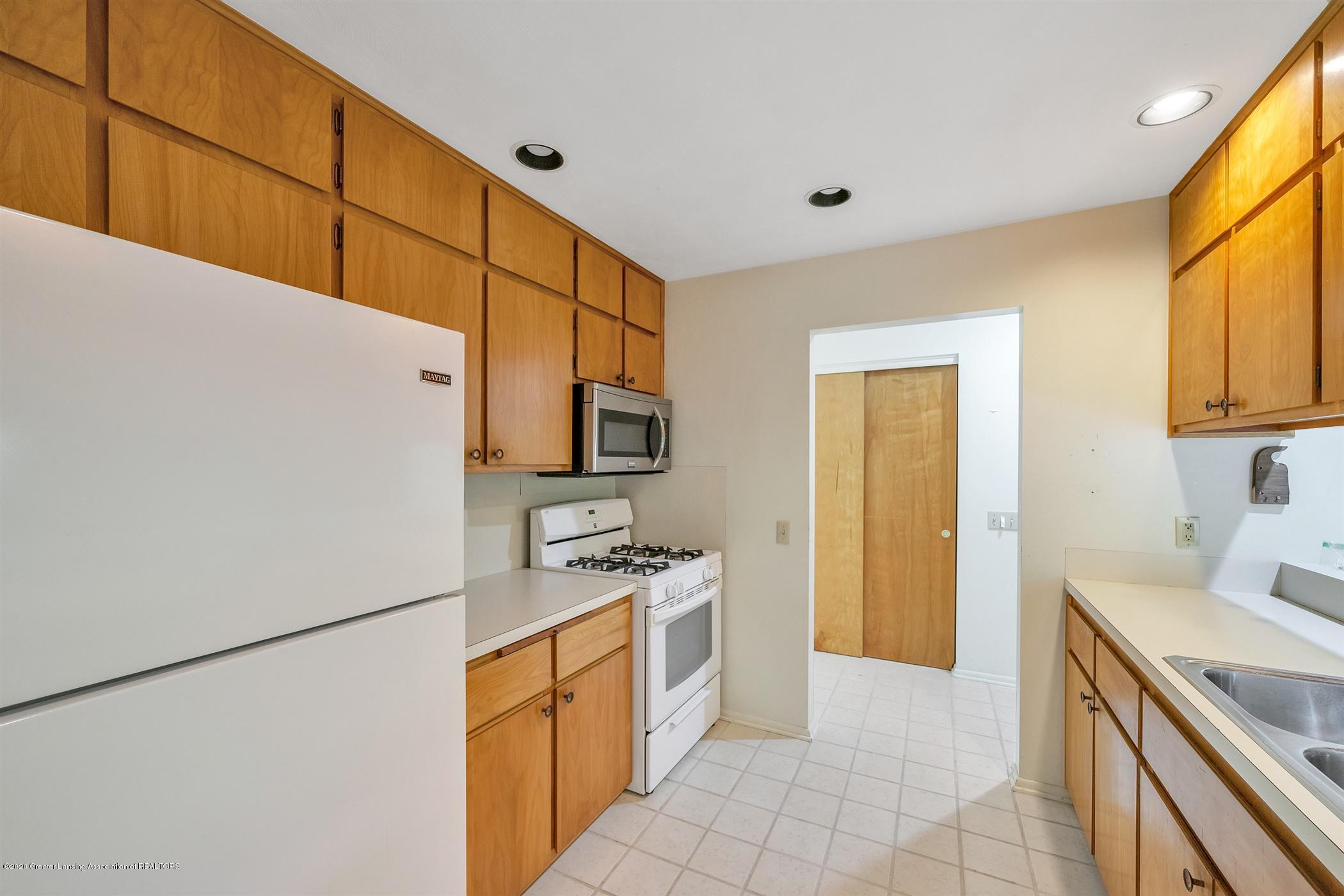 2150 Arundel Pl - (10) MAIN FLOOR Kitchen - 11
