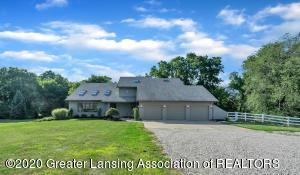 2275 Bravender Rd, Williamston, MI 48895