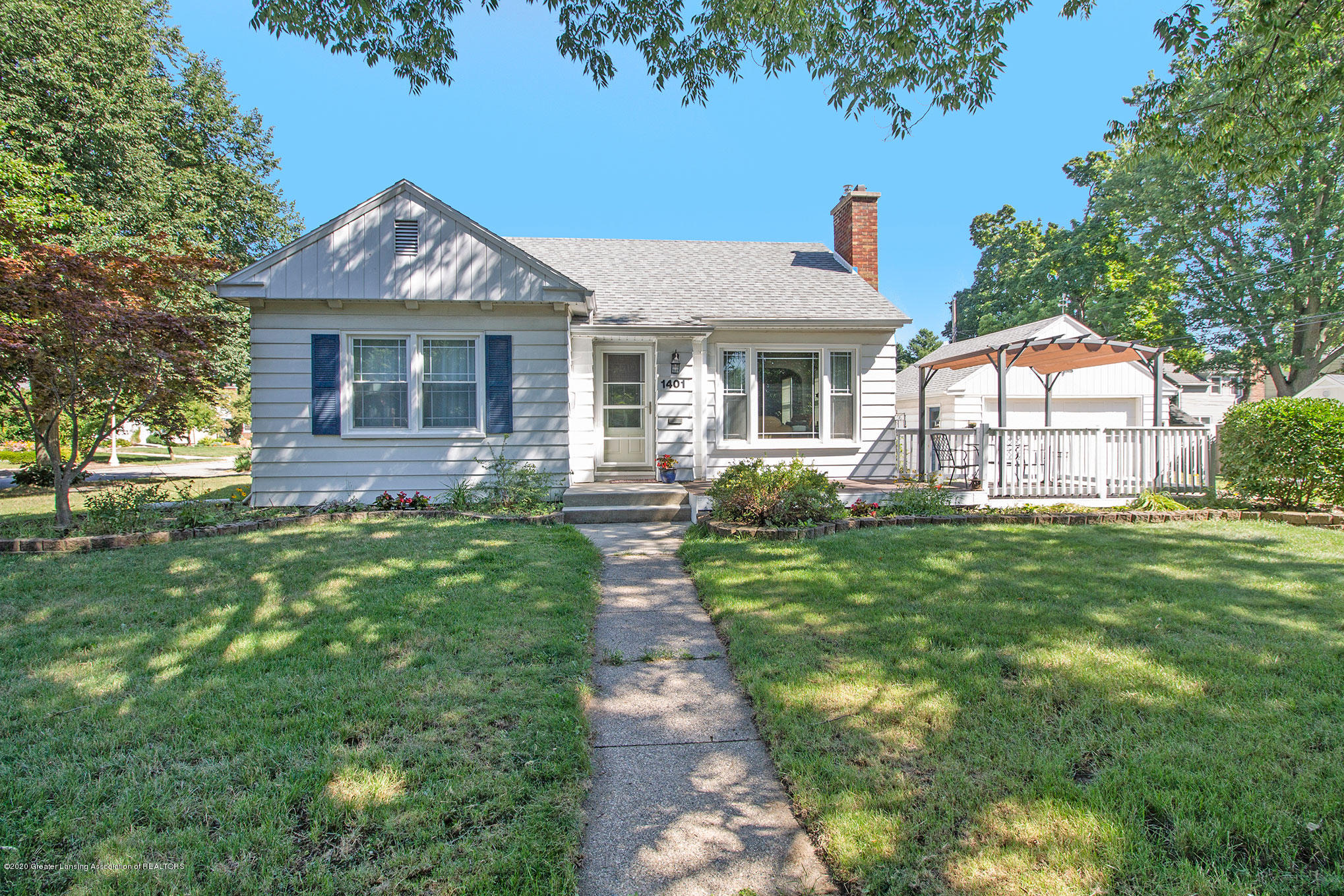 1401 Pershing Dr - Front - 1