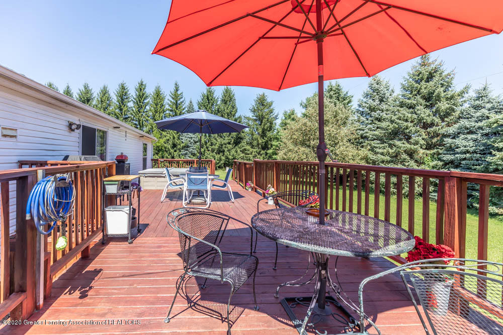 6977 S St Clair Rd - Back Deck - 27
