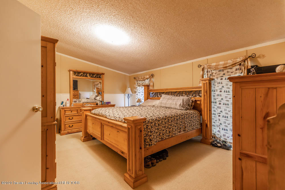 6977 S St Clair Rd - Master bedroom - 14