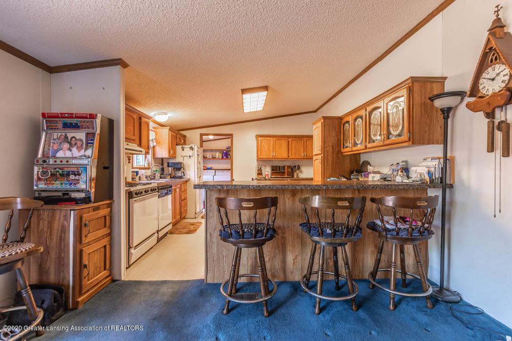 6977 S St Clair Rd - Kitchen - 9