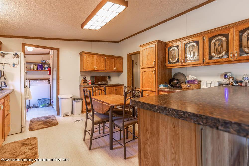 6977 S St Clair Rd - Kitchen - 10