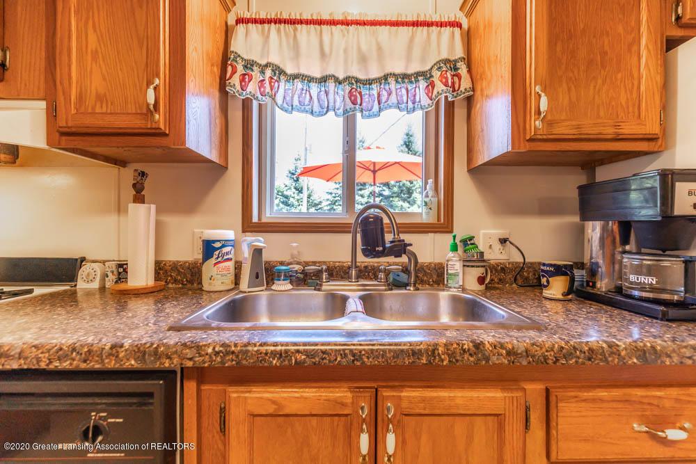 6977 S St Clair Rd - Kitchen - 12