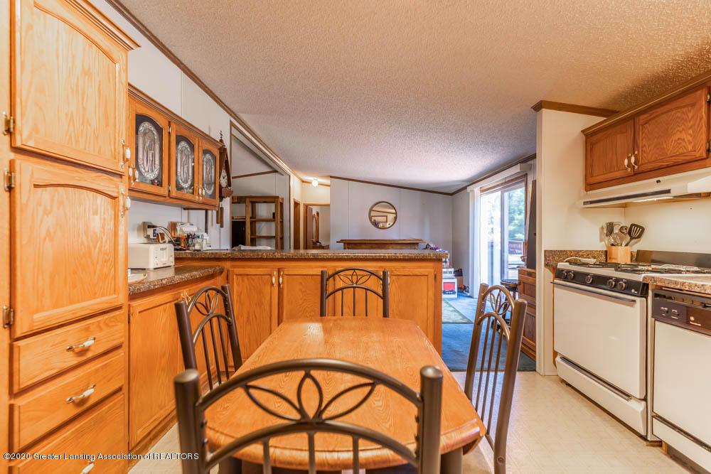 6977 S St Clair Rd - Kitchen - 13