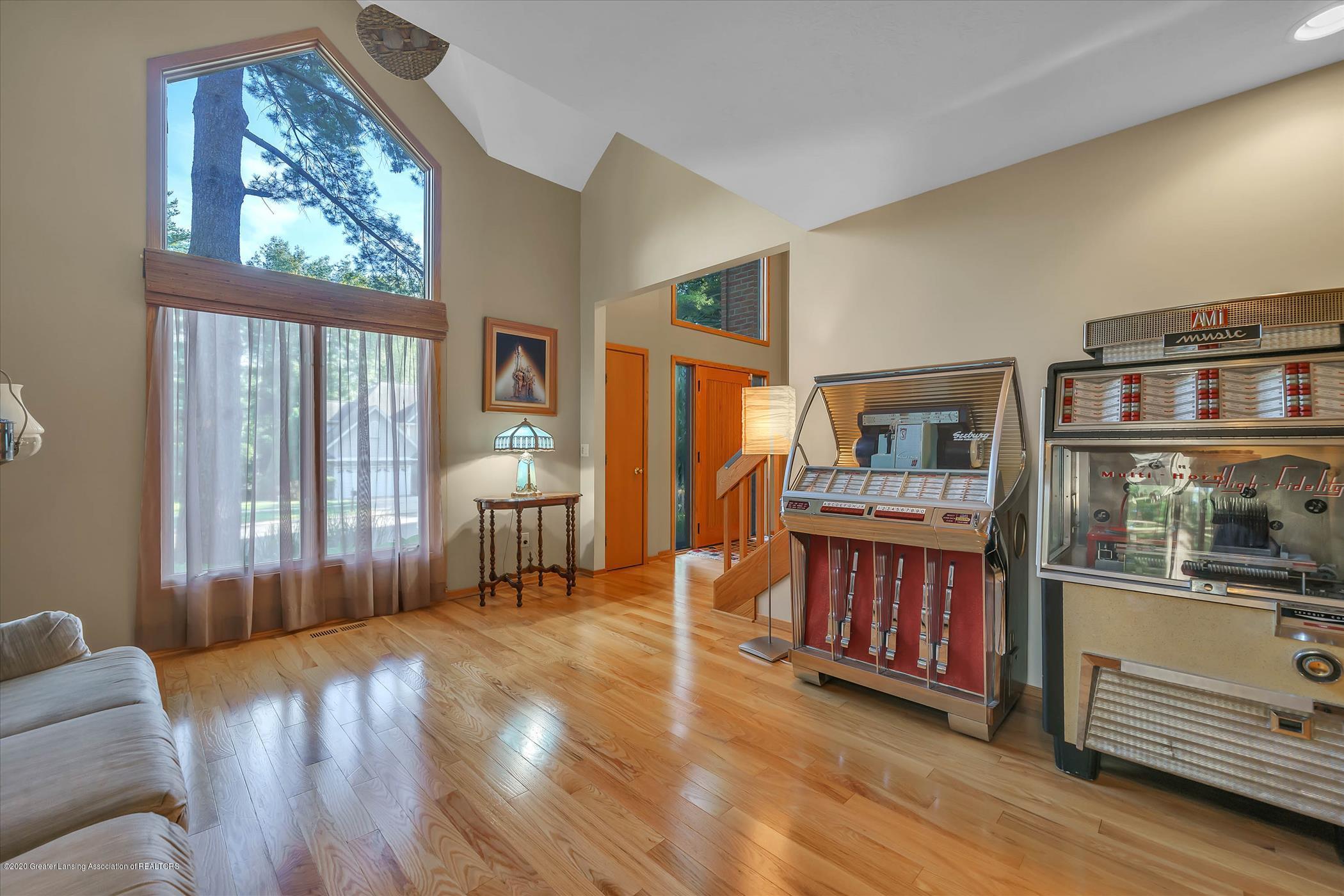 4332 Aztec Way - Livingroom - 6