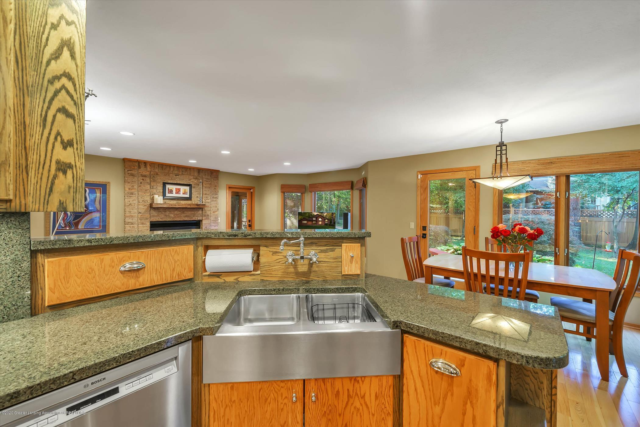 4332 Aztec Way - Kitchen - 10