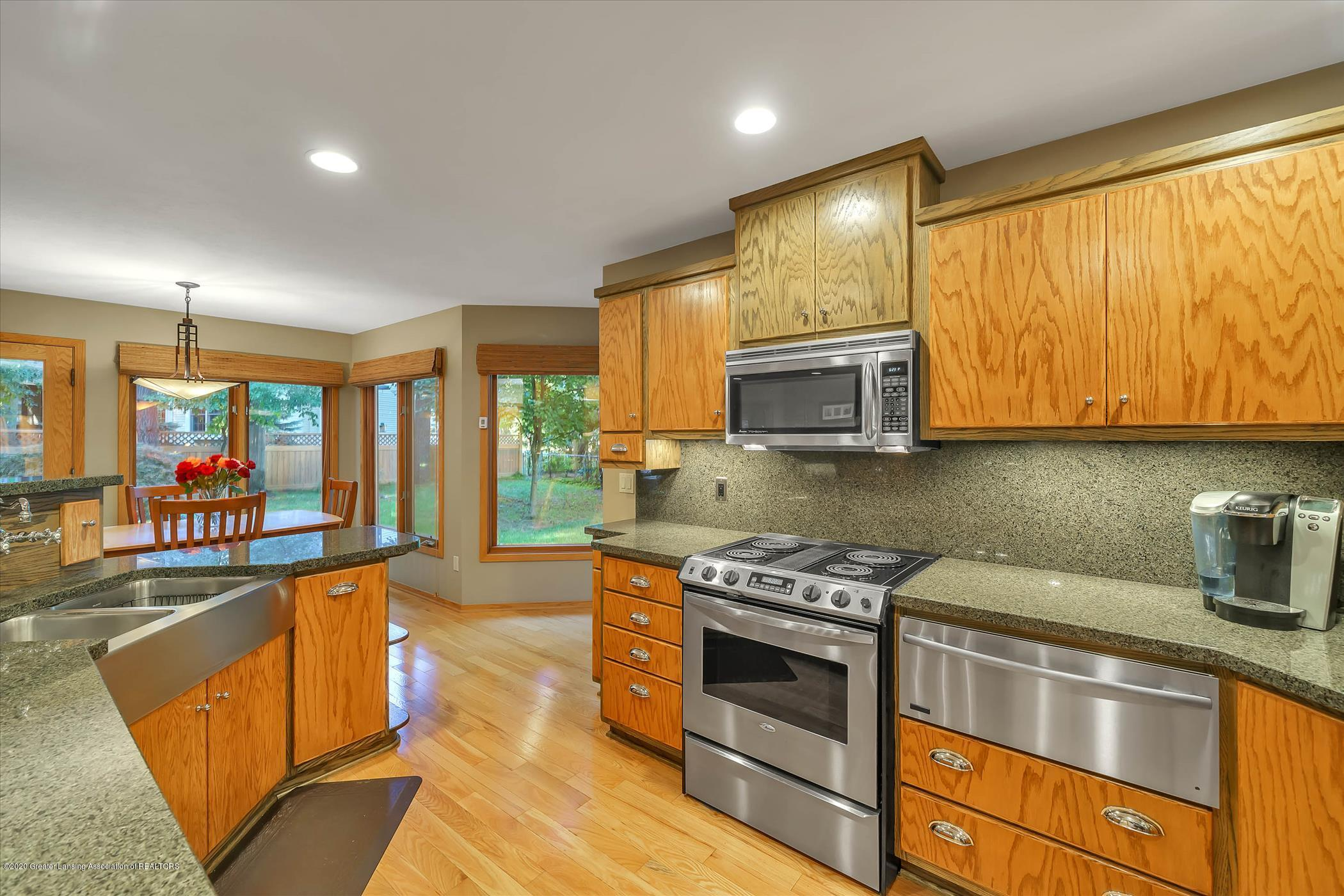 4332 Aztec Way - Kitchen - 11