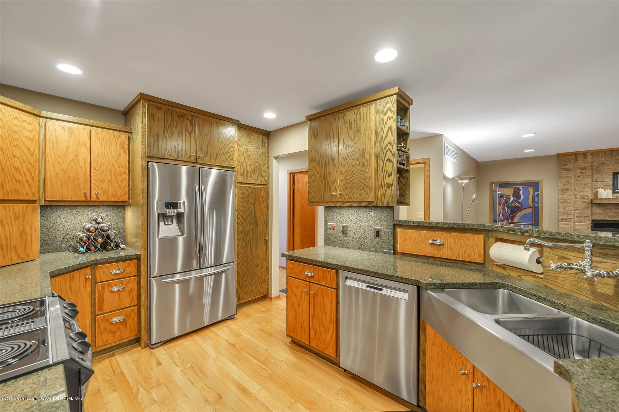4332 Aztec Way - Kitchen - 12
